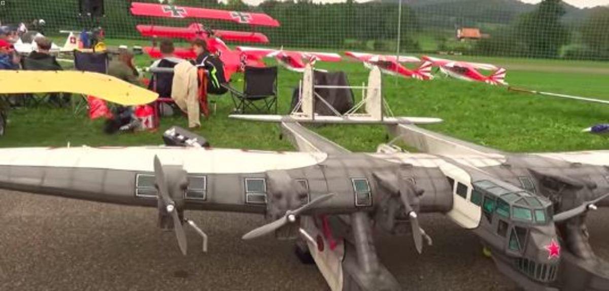 Θρυλικό σοβιετικό βομβαρδιστικό ξανά στους αιθέρες! [vid] | Newsit.gr