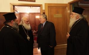 Απάντηση της εκκλησίας στον Νίκο Κοτζιά για τις απειλές εναντίον του