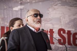 Έξω από το γραφείο του Κουρουμπλή παραμένει ο εφοπλιστής – Θέμα ημερών να βρεθεί λύση λέει ο υπουργός