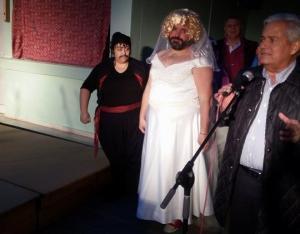 Γλέντησαν στον παραδοσιακό Κρητικό Γάμο στην Αγία Μαρίνα [pics]
