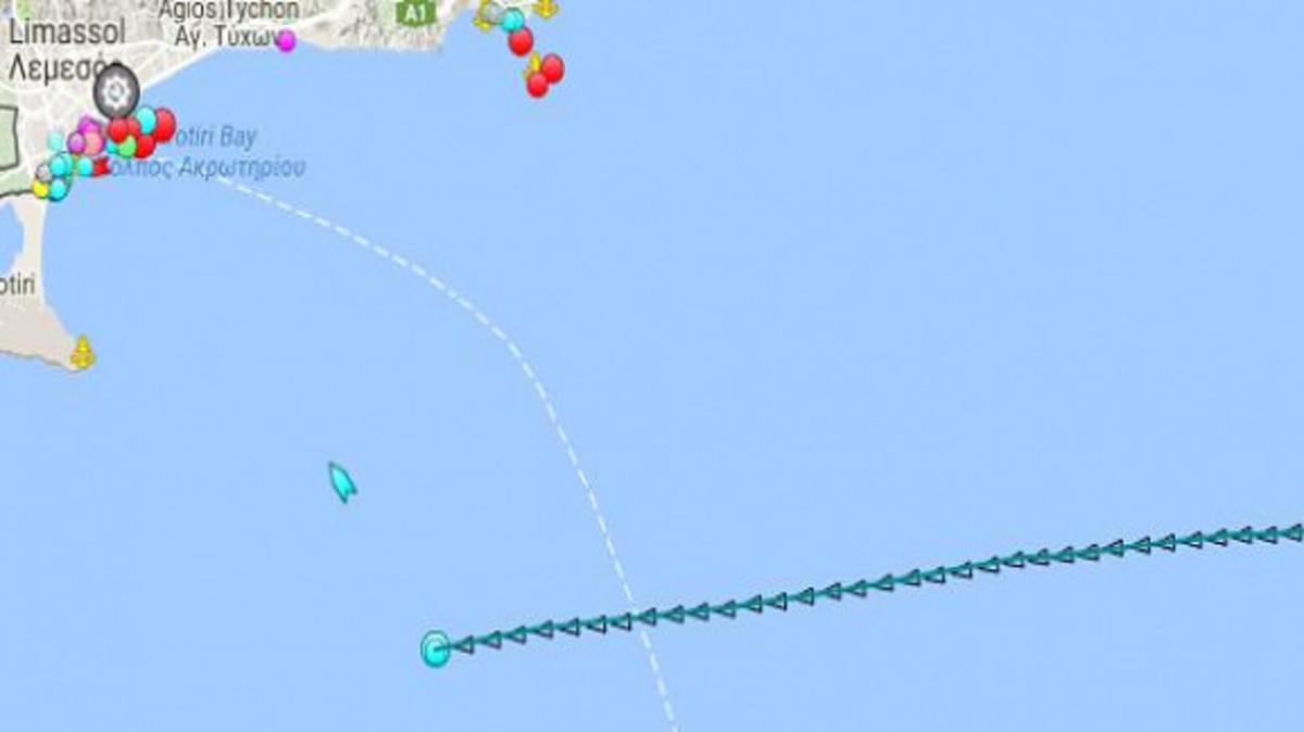 Κυπριακή ΑΟΖ: Ανοικτά της Λεμεσού αγκυροβόλησε το γεωτρύπανο της ΕΝΙ – Μήνυμα της κυβέρνησης στην Τουρκία