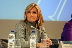 Μαρέβα Γκραμπόφσκι: Με αμαυρώνουν γιατί δεν μπορούν να πλήξουν το σύζυγό μου [pics]