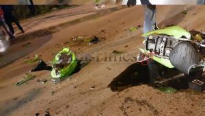 """Πάτρα: Αυτοκίνητο """"διέλυσε"""" μοτοσικλέτα – Στο νοσοκομείο οδηγός της μηχανής με βαριά τραύματα στο κεφάλι"""