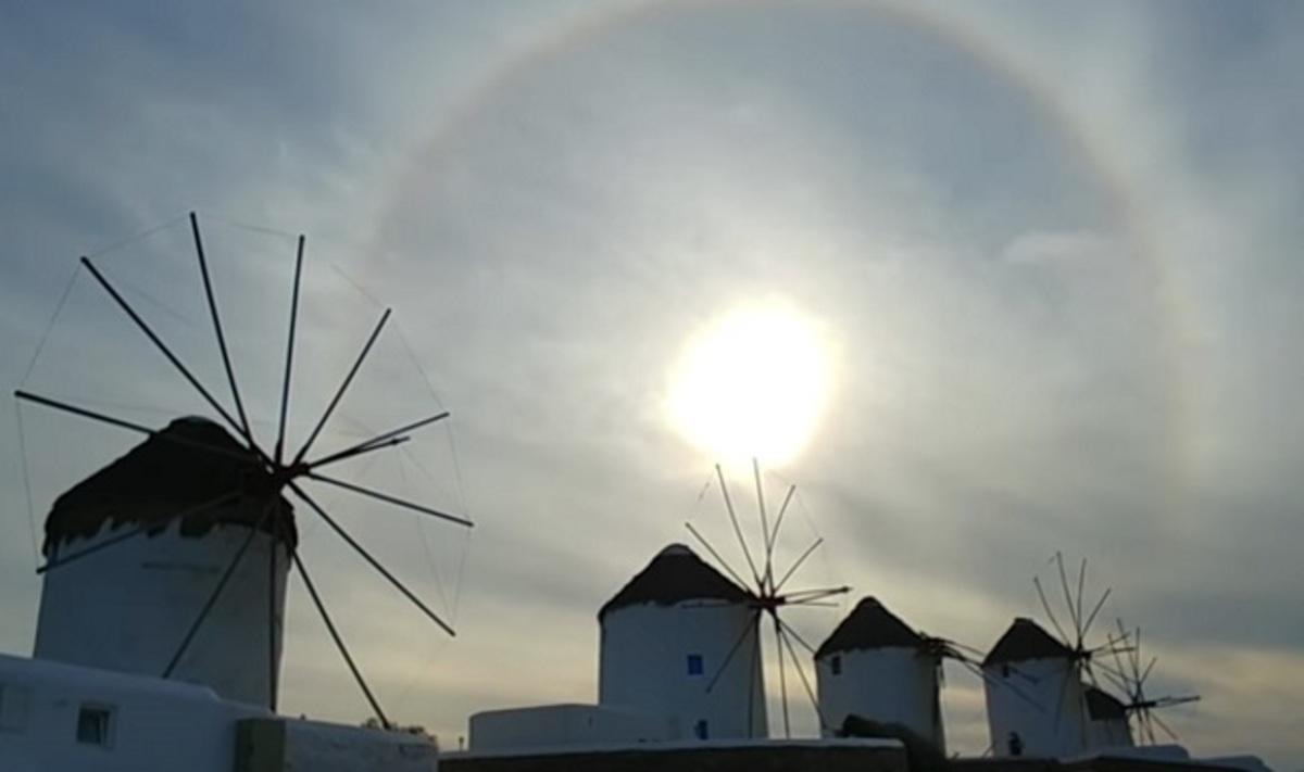 Μύκονος: Ξύπνησαν και είδαν στον ουρανό αυτή την εικόνα – Ντόπιοι και τουρίστες με τα κινητά ανά χείρας [vid] | Newsit.gr