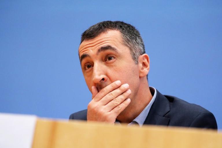 Σάλος στη Σύνοδο για την ασφάλεια στο Μόναχο! Ο Γιλντιρίμ κατήγγειλε ως «τρομοκράτη» Γερμανό πολιτικό! | Newsit.gr