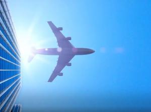 Εταιρεία πληρώνει αεροπλάνο για να μεταφέρει τους εργαζόμενους στη δουλειά