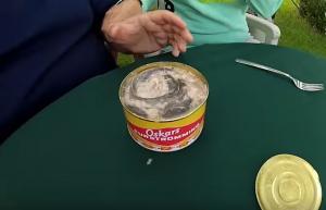 Το πιο βρωμερό φαγητό όλου του κόσμου – Το Surströmming και η έντονη μυρωδιά του