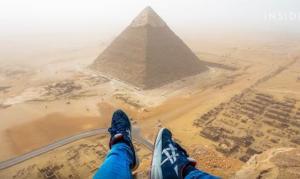 18χρονος σκαρφάλωσε παράνομα στην Πυραμίδα της Γκίζας