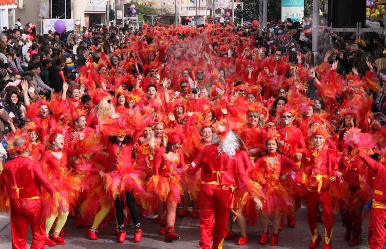 Πατρινό Καρναβάλι 2018: Ήρθε η ώρα για τη Μεγάλη Παρέλαση! | Newsit.gr