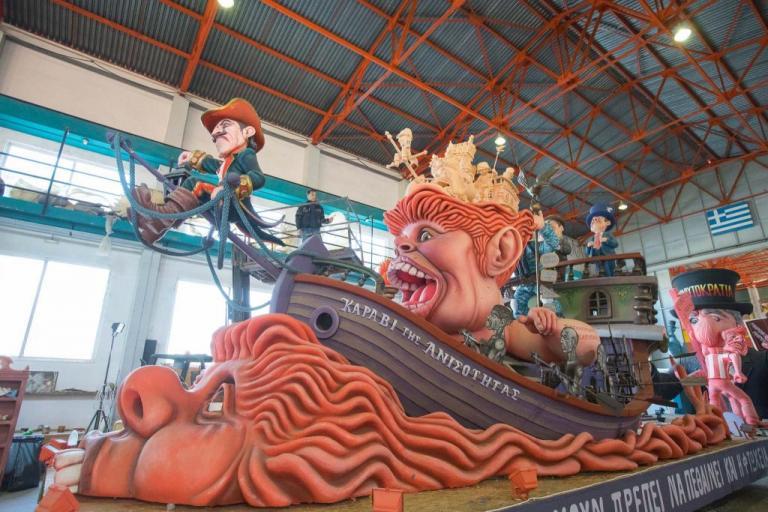 Φαντασία και χρώμα: Αυτά είναι τα άρματα για το Πατρινό Καρναβάλι 2018 [pics] | Newsit.gr