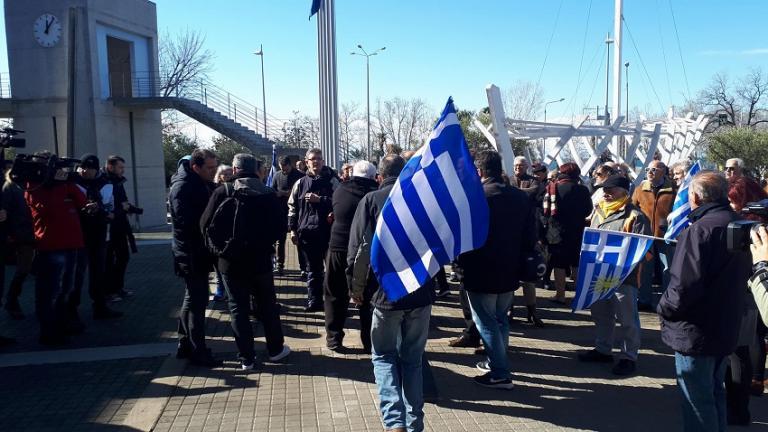 Θεσσαλονίκη: Ξέσπασαν κατά του Μπουτάρη για τις «άκρως ανθελληνικές δηλώσεις» [vid] | Newsit.gr