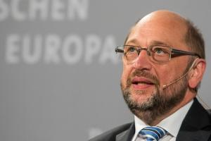 Γερμανία: Δημοσκόπηση «κόλαφος» για Μέρκελ και Σουλτς