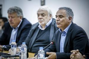 """Συνάντηση Σκουρλέτη με ΠΕΔΑ για το """"λίφτινγκ"""" στον Καλλικράτη – Έρχονται 8.725 προσλήψεις σε Δήμους"""
