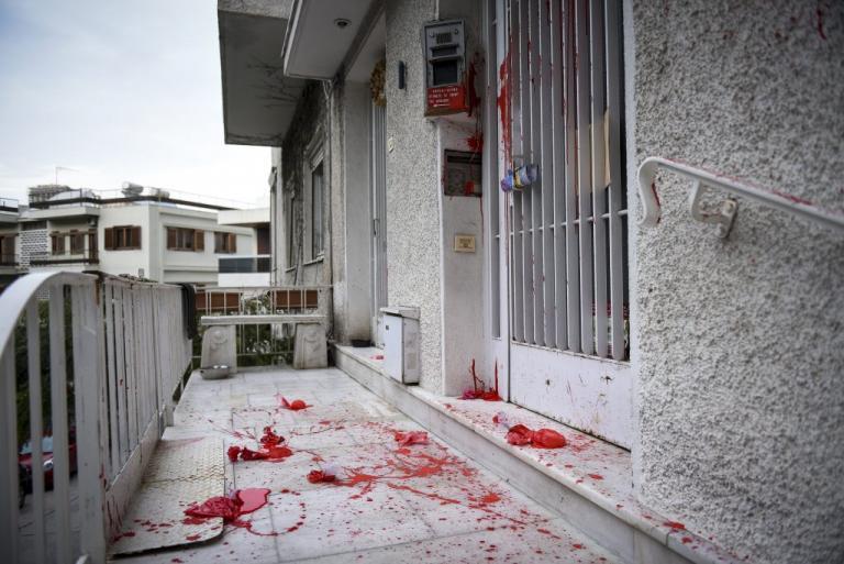 Νέα Δημοκρατία για επίθεση στον Μίκη Θεοδωράκη: Οι παρακρατικές μέθοδοι δεν φοβίζουν | Newsit.gr