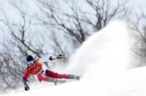 Ελβετία: Χιονοστιβάδα παρέσυρε σκιέρ! Δυο τραυματίες