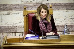 Το ωράριο της Τασίας και η απαξίωση της Βουλής