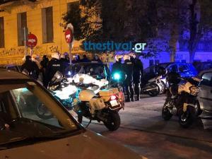Συμπλοκή οπαδών στο κέντρο της Θεσσαλονίκης! Στο νοσοκόμειο ένας τραυματίας [vids]
