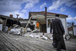 Τρίκαλα: Συγκλονίζουν οι εικόνες από την Πιαλεία – Μεγάλες ζημιές από τις κατολισθήσεις [pics]