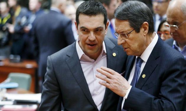 Καταιγιστικές εξελίξεις στην Κύπρο: Τηλεφωνική επικοινωνία Τσίπρα – Αναστασιάδη | Newsit.gr