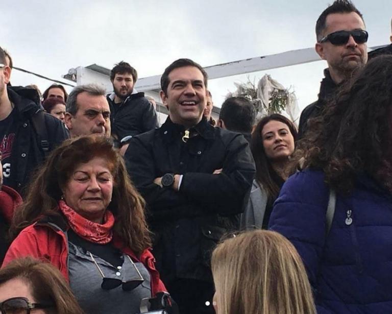 Αλέξης Τσίπρας: Νέες εικόνες από τις Απόκριες στη Σκύρο   Newsit.gr