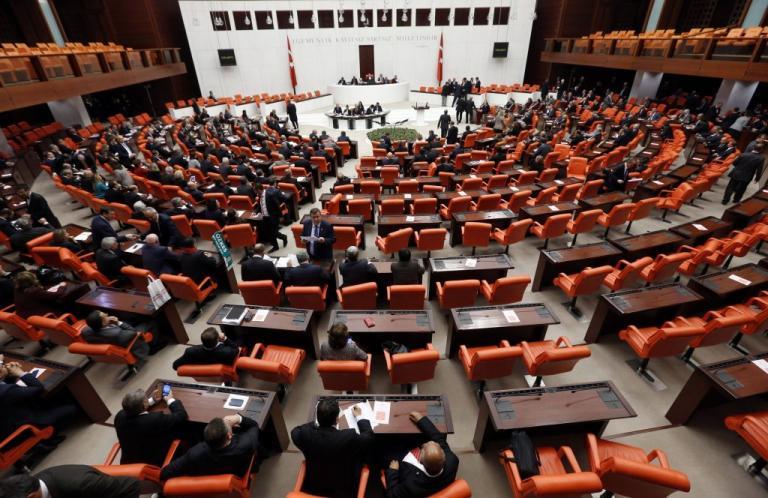 Έξαλλο το τουρκικό ΥΠΕΞ με την Ολλανδία που αναγνώρισε τη γενοκτονία των Αρμενίων | Newsit.gr