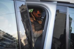 Ελεύθερος ο Βαξεβάνης! Στις 16 Απριλίου η δίκη μετά την μήνυση Σαμαρά