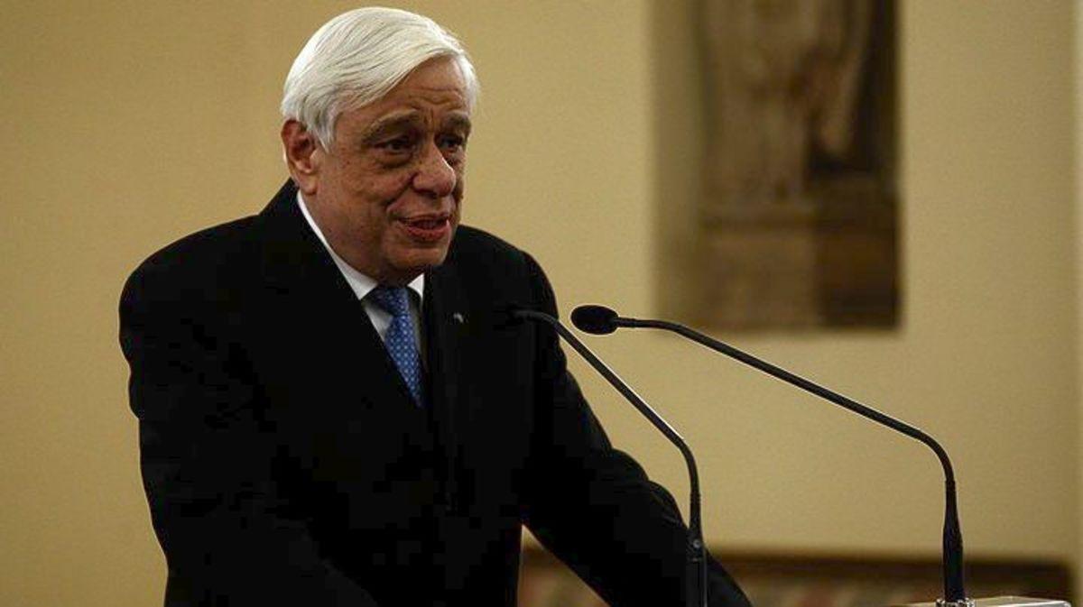 Παυλόπουλος: Συνεχάρη τον πρώτο Έλληνα δήμαρχο στην Γερμανία | Newsit.gr