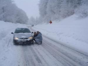 Καιρός – Έκτακτο δελτίο επιδείνωσης: Έρχονται ισχυρές καταιγίδες και σφοδρές χιονοπτώσεις