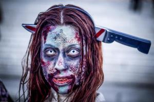To Zombie Walk σκόρπισε τη φρίκη στους δρόμους της Αθήνας! [pics]
