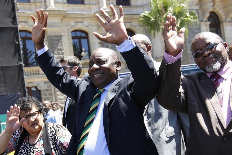 Νότια Αφρική: Παραιτήθηκε ο πρόεδρος Τζέικομπ Ζούμα | Newsit.gr