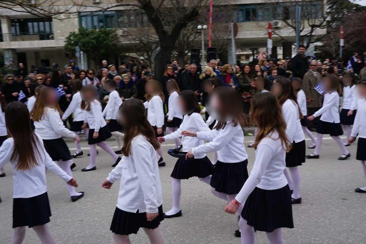 000 1 - Παρελάσεις 25ης Μαρτίου: Απρόοπτα, ατυχίες και εικόνες που μαγνήτισαν τα βλέμματα όλων - παρελαση, ελλάδα, γιορτη