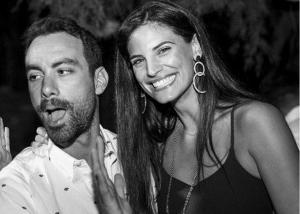 Χριστίνα Μπόμπα – Σάκης Τανιμανίδης: Γυμνάζονται μαζί στις παραλίες του Αγίου Δομίνικου! Video