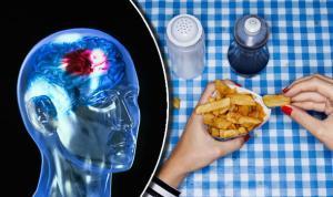Υπέρταση – Διατροφή: Το είδος φαγητού που προκαλεί εγκεφαλικό επεισόδιο σε νέους ανθρώπους [vid]