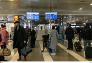 Θεσσαλονίκη: Παραδόθηκε σε λειτουργία ο κεντρικός διάδρομος προσαπογείωσης στο αεροδρόμιο «Μακεδονία»!