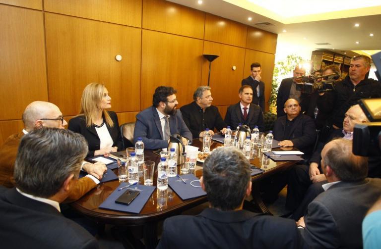 Ολοκληρώθηκε η συνάντηση Βασιλειάδη με τις ΠΑΕ! Σπανός: «Δεν μου άρεσε το όπλο κι η απόφαση στη 01:10»   Newsit.gr