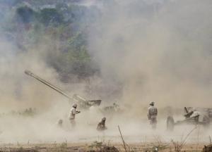 Αιματηρή έκρηξη σε στρατιωτική βάση στην Καμπότζη – 2 νεκροί