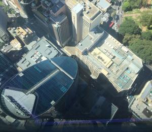 Βουτιά θανάτου από το Centrepoint Tower – Έπεσε στο κενό από τα 268 μέτρα