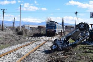 Φλώρινα: Τρένο συγκρούστηκε με αυτοκίνητο σε αυτό το σημείο – Αγωνία για τους δύο τραυματίες [pics]