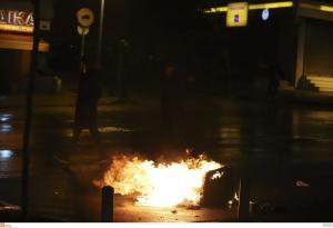 Επίθεση σε σύνδεσμο του ΠΑΟΚ στην Ομόνοια -Πυρπόλησαν 3 αυτοκίνητα