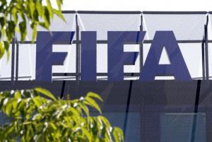 Διακοπή πρωταθλήματος: Η FIFA απειλεί με Grexit και ζητάει άμεσα μέτρα