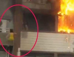 Τρομακτικές εικόνες στη Σμύρνη! Έπεσαν από τον 5ο για να γλιτώσουν από τη φωτιά [vid]