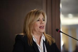 Φώφη Γεννηματά: «Πρώτος ο Τσίπρας να κλείσει το στόμα του»