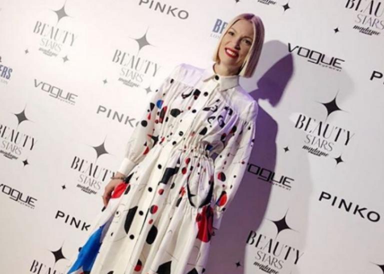 Βίκυ Καγιά: Η εντυπωσιακή εμφάνιση σε βραβεία ομορφιάς και η αποκάλυψη για την Bianca! | Newsit.gr