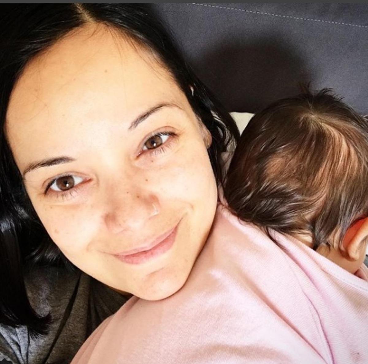 Kατερίνα Τσάβαλου: Με την μπέμπα της στα γενέθλια του Μπρούνο Τσιρίλο! Bίντεο | Newsit.gr