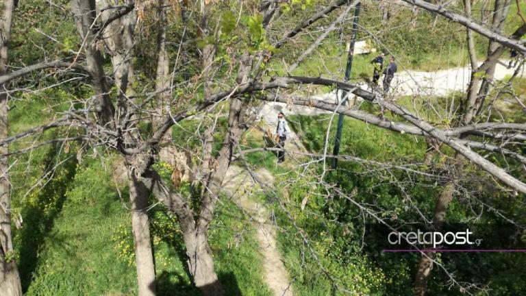 Ηράκλειο: Πτώμα γυναίκας σε πάρκο – Αποκλείστηκε η περιοχή από αστυνομικούς [pics] | Newsit.gr