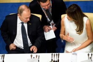 Πούτιν: Δεν προσπάθησα να στρατολογήσω τη Μελάνια Τραμπ