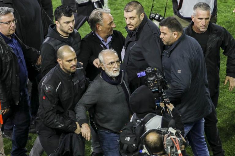 ΠΑΟΚ – ΑΕΚ: Αφαίρεση βαθμών και κεκλεισμένων των θυρών! 3 έτη απαγόρευση εισόδου στον Σαββίδη | Newsit.gr