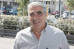 Πρώην βουλευτής της ΝΔ καταγγέλλει τον Σίμο Κεδίκογλου: Παίρνει παράτυπα το επίδομα ενοικίου!