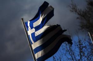 Σαντορίνη: Κλείδωσαν σχολείο για να εμποδίσουν παρέλαση με αλλοδαπή σημαιοφόρο