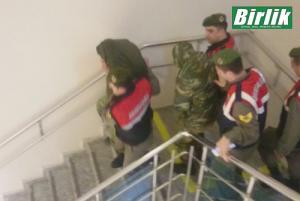 Έλληνες στρατιωτικοί: Προσφυγή των δικηγόρων σε άλλο δικαστήριο